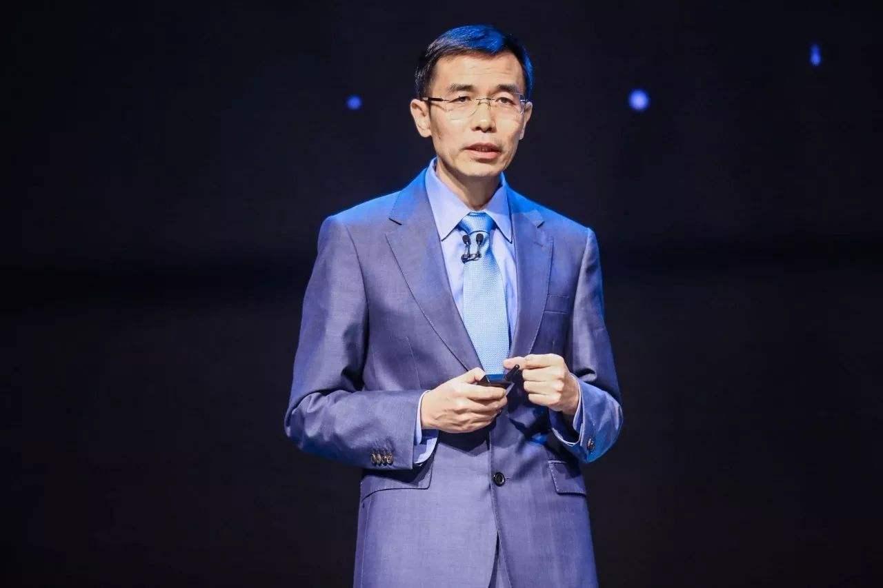 汤晓鸥:并不存在AI行业,只有AI+这个行业