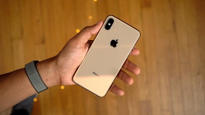 部分 iPhone XS 和 XS Max 无法在息屏状态下充电