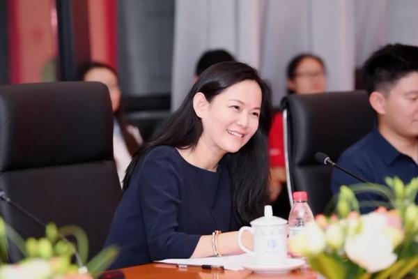 马东敏个人向中科大捐一亿 李彦宏:为她高兴
