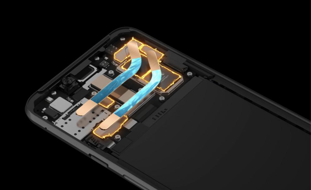 首发10G内存 黑鲨游戏手机Helo亮相