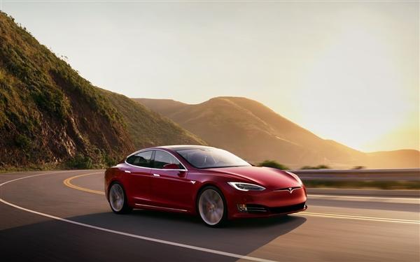 特斯拉今年前三季度共交付71760辆Model S和Model X