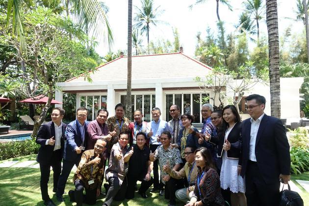 印尼政府表态全力支持并参与天猫双11 总统亲拍视频