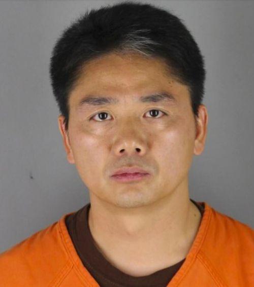 路透:美检方正在权衡考量刘强东被指强奸案相关证据
