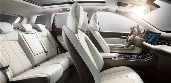 爱驰首款量产电动SUV发布:配人脸识别保留隐藏式门把手