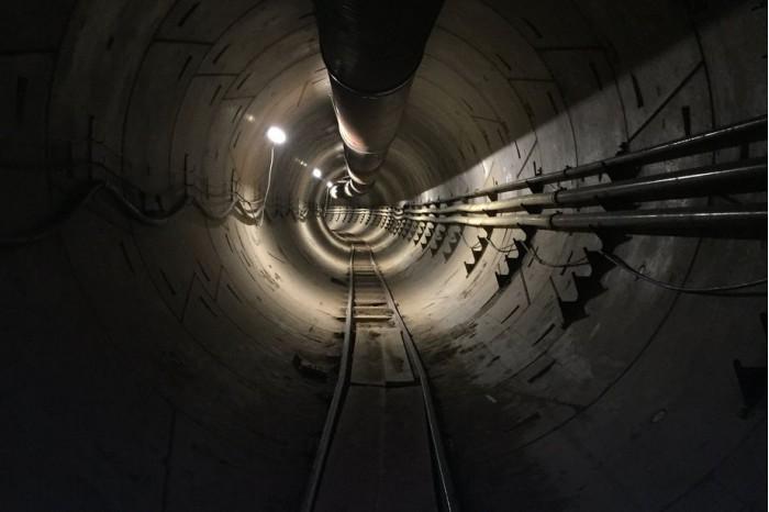 马斯克视频展示无聊公司挖掘的隧道:令人不安的长