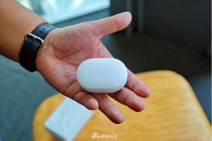 小米AirDots开箱图评:精致的产品 但名字不太自信