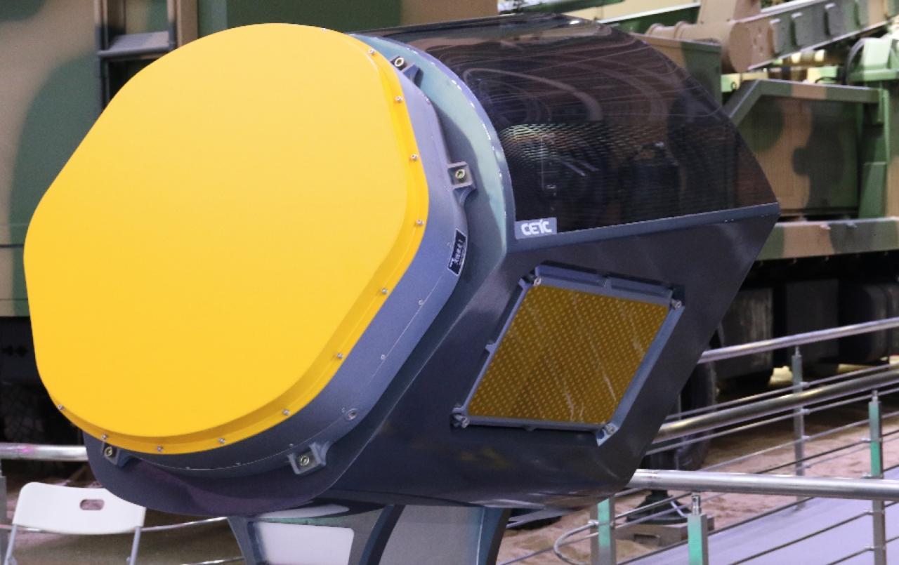 """中国军工推出雷达""""黑科技"""" 让传统战机巧妙实现""""隐身"""""""