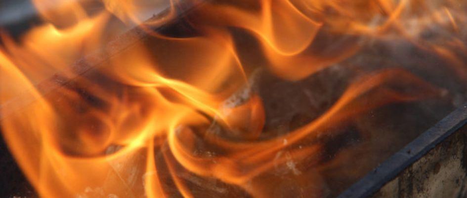 """""""百亿保健帝国""""刷屏:火疗技术涉案10起,权健老板跨界控股22家公司"""