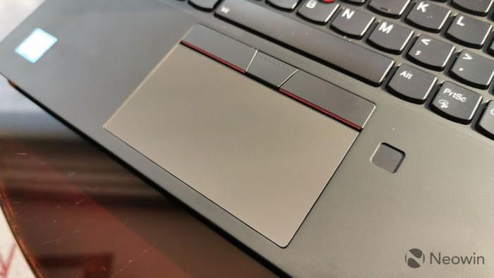 联想ThinkPad X1 Carbon评测:外媒编辑推荐的首选笔记本