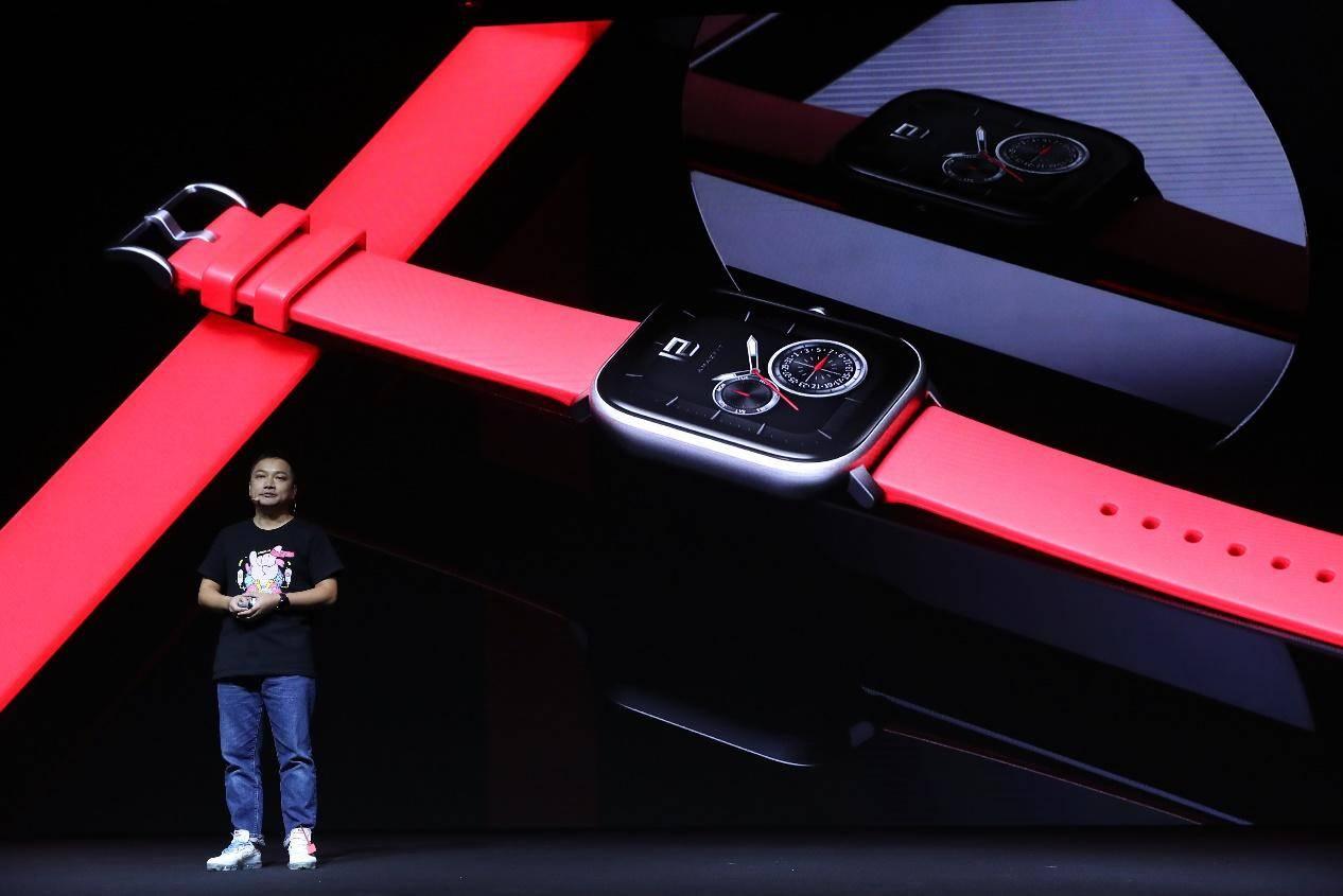 华米概念新品Amazfit X:7天续航+柔性屏+一体化机身