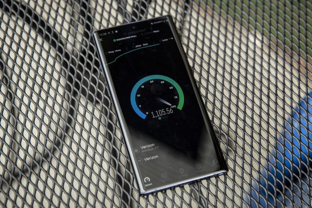 外媒试用Galaxy Note 10+ 5G评价:未成气候