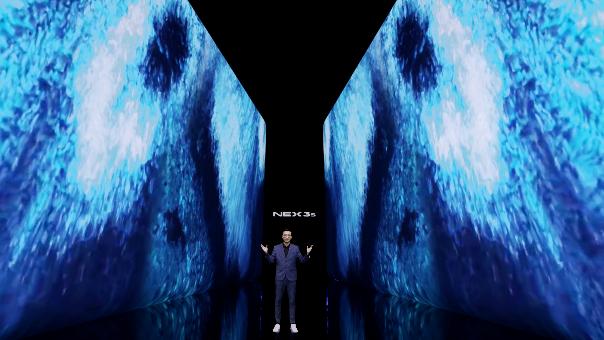 vivo NEX 3S:旗舰三大件+极致瀑布屏