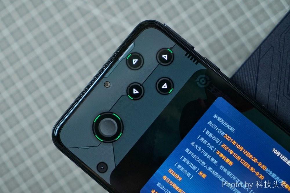双压感+女仆鲨鲨酱,黑鲨游戏手机4S首发评测